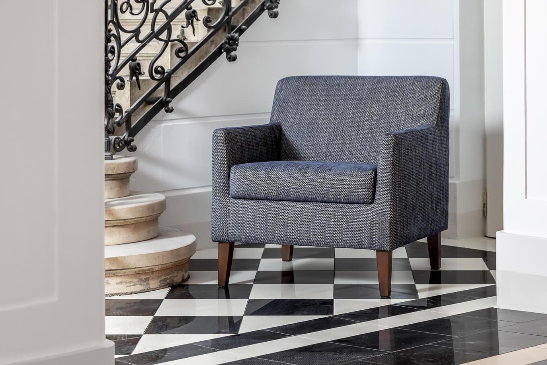 Meble tapicerowane Nowy Sącz fotel Celeste sesja Pałac Goetz
