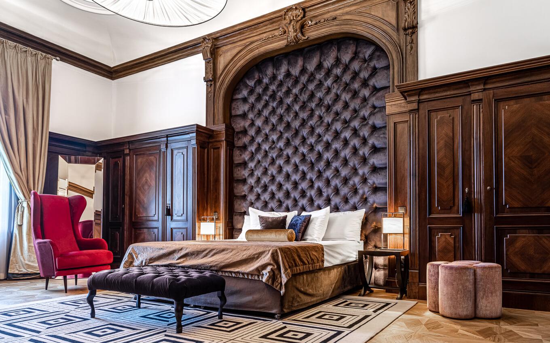 Ławka tapicerowana do sypialni meble tapicerowane Nowy Sącz Kraków Małopolska ławka Grus Pałac Goetz